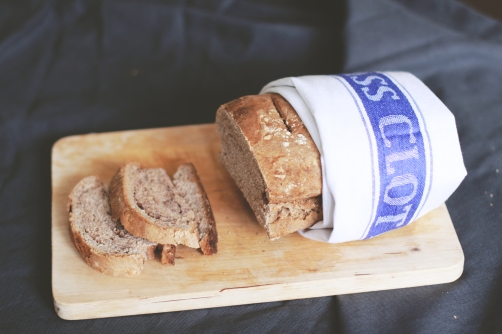 chleb-z-maki-kasztanowej-p